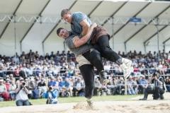 Samir Leuppi gewinnt im Schlussgang gegen Roger Rychen (Foto: W. Schaerer)